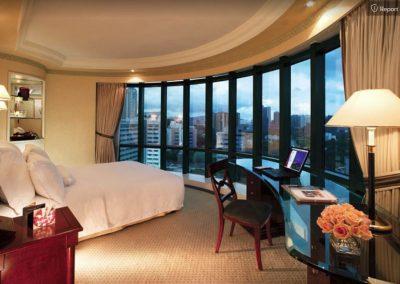 luxuiour hotel2
